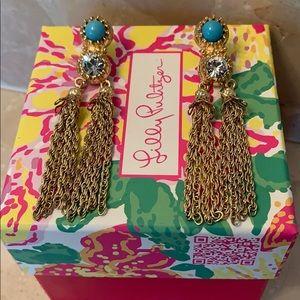 ✨✨razzle tassel earrings ✨✨
